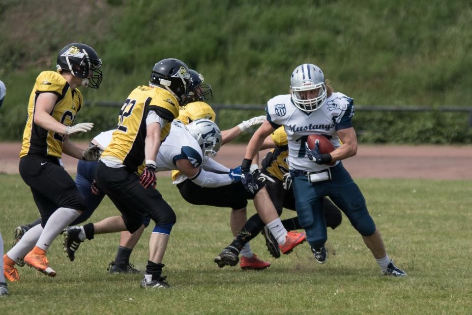 Sauerland Mustang gewinnen erstes Auswärtsspiel der Saison