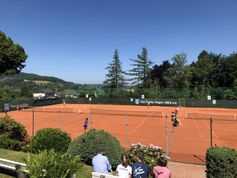 Zitterpartien am Tenniswochenende – Damenmannschaften holen sich knappe Siege